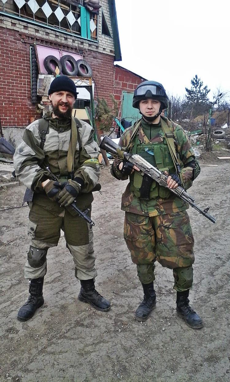 Алексей - это уникальный случай, когда россиянин с военным прошлым смог внедриться в самые верхние эшелоны командования националистических батальонов.