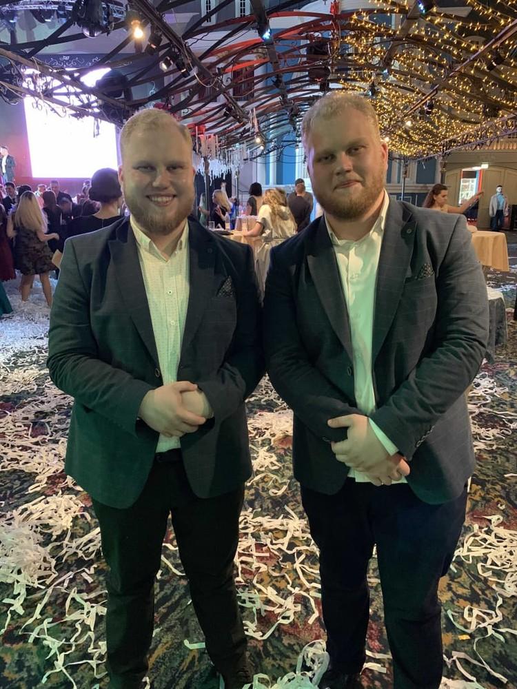 Братья-близнецы Кирилл и Антон Желябины принимают участие в конкурсе «Учитель будущего».