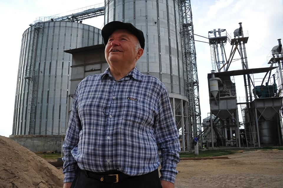 Последние годы Юрий Лужков занимался фермерским хозяйством в Калининградской области Фото: Виктор ГУСЕЙНОВ