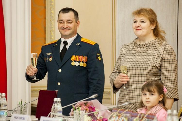 Любовь Михайловна - тыл мужа, опора всей семьи.