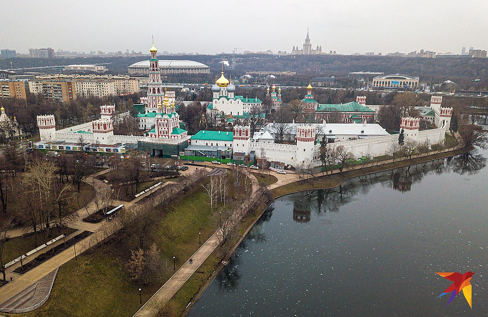 В свое время монастырь был неприступной крепостью. Фото: Михаил ФРОЛОВ
