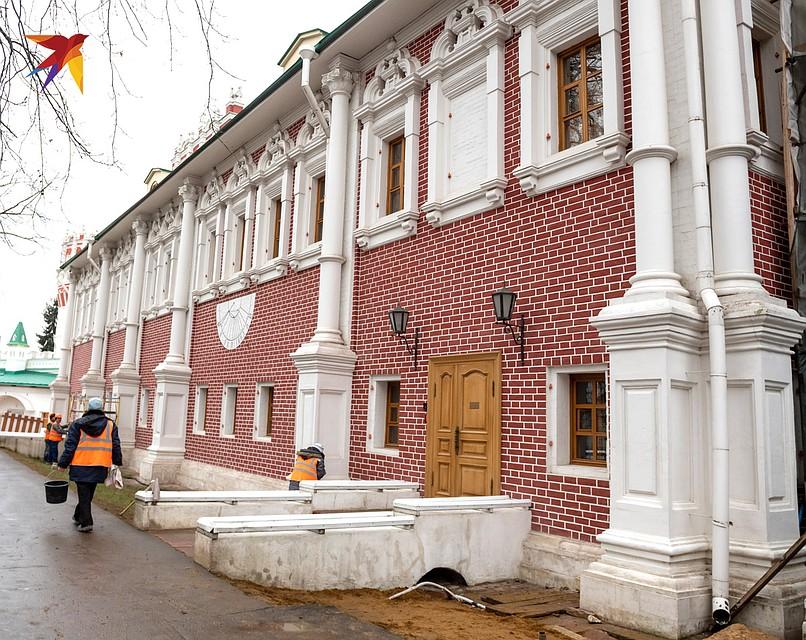 Лопухинские палаты сейчас являются резиденцией митрополита Крутицкого и Коломенского - Ювеналия Фото: Михаил ФРОЛОВ