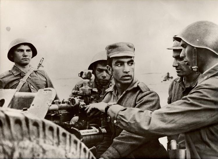Приказ на ввод дивизии в Афганистан поступил с 24 на 25 декабря 1979 года, после того когда она была отмобилизована и развернута до штата военного времени.