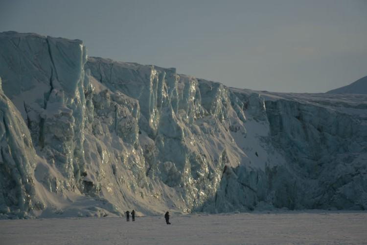 Ради живописных ледников стоит погулять по Шпицбергену. Фото: личный архив.