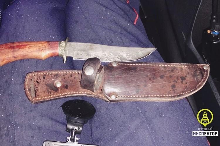 У водителя был изъят нож. Фото: vk.com/dorinspb