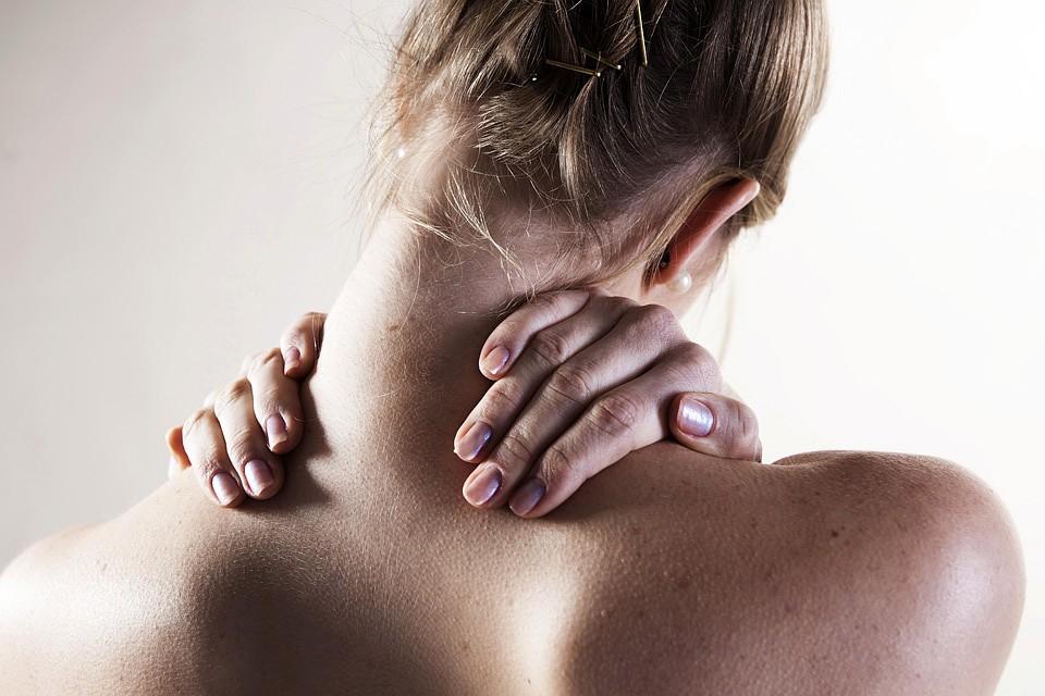 Боли в спине нередко появляются из-за проблем со стопами. Фото: GLOBAL LOOK PRESS