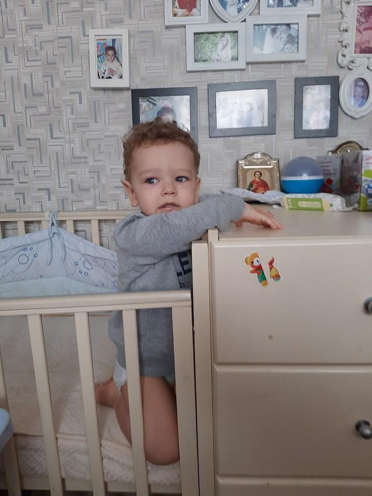 Мальчик не перестает заниматься даже дома. Фото: личный архив.