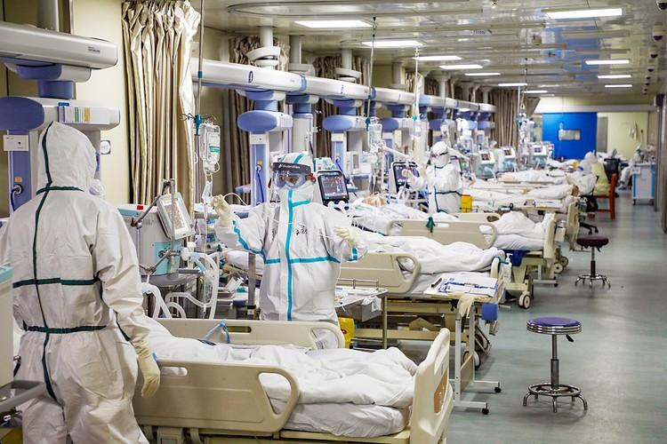 На утро воскресенья число зараженных вирусом 2019-nCoV в мире официально превысило 37,2 тысяч. 813 человек умерли, выздоровели 2729