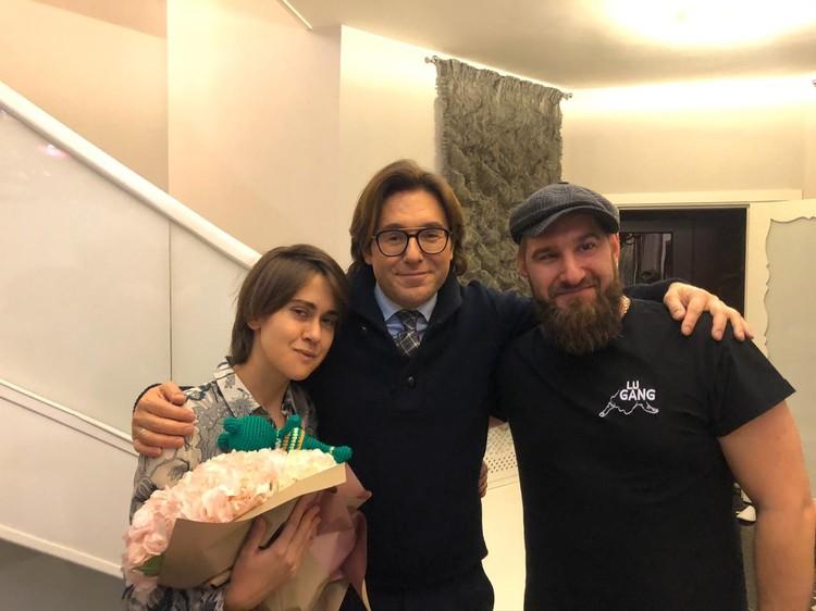 Благодаря Андрею Малахову и детективу Максиму Заболотному (справа) Татьяна Плаксина вернулась домой целой и невредимой.