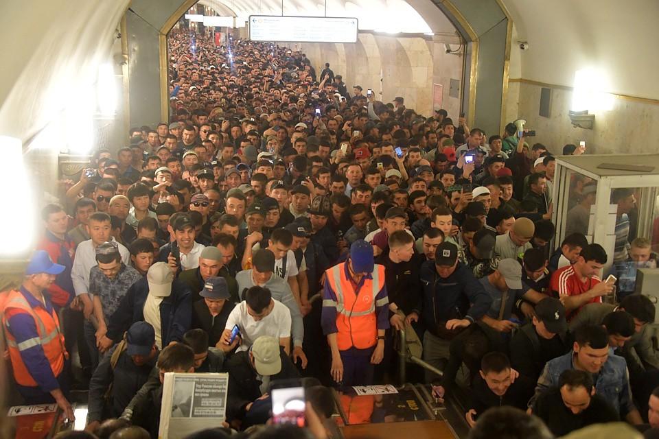Прекратиться ли наплыв мигрантов в Москву? Фото: Владимир ВЕЛЕНГУРИН