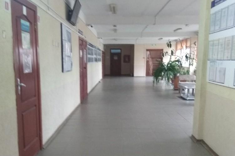 Интерьеры Керченского морского технического колледжа до боли напоминают политех