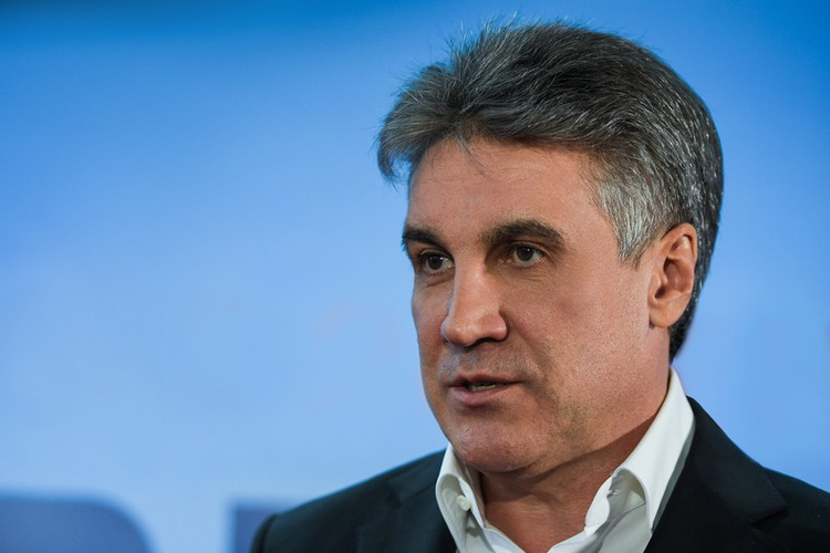 Мы поговорили с президентом Медиахолдинга «Красная звезда», знаменитым продюсером, режиссером и телеведущим Алексеем Пимановым