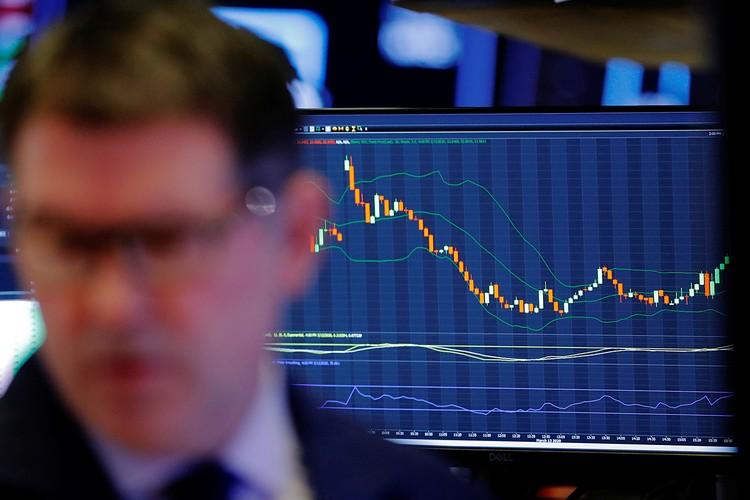 """Золото, которое все считали """"тихой гаванью на случай кризиса"""" упало за неделю на 15%! Нефть подешевела почти в 2,5 раза. Акции - это вообще катастрофа"""