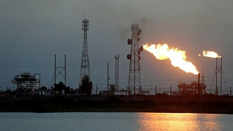 Падение цен на нефть началось как раз в связи с ажиотажем вокруг коронавируса