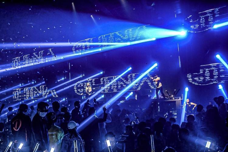 Выступление Rostany в клубе Level Max в китайскои городе Хойчжоу. Фото: Архив группы