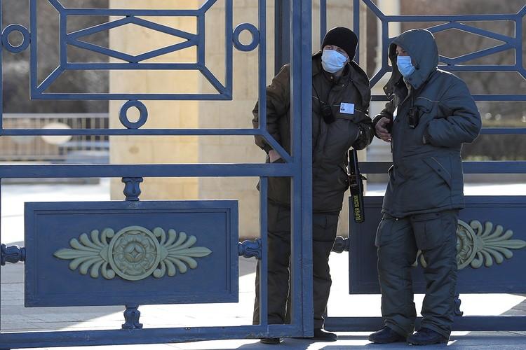 C28 марта по 5 апреля в Москве будут закрыты все рестораны, непродовольственные магазины, а также самые популярные парки.