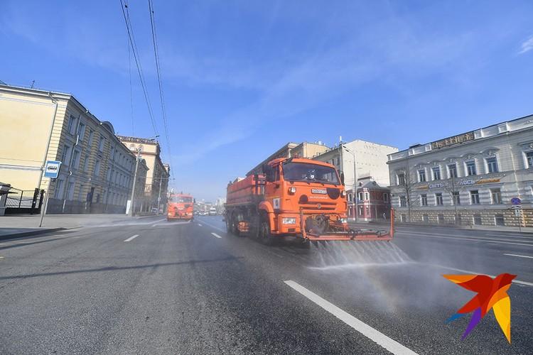 В Москве принимаются беспрецедентные меры по предотвращению распространения коронавируса.