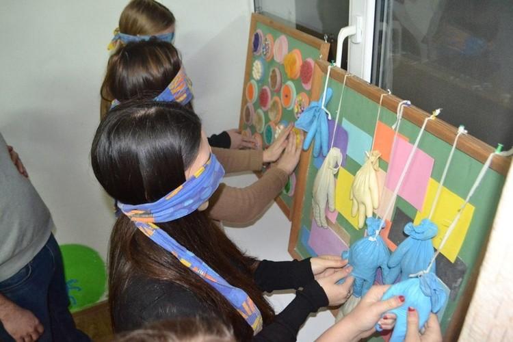 """Обучение волонтеров взаимодействию с «особыми» детьми - важная часть проекта Фото: """"Радимичи - детям Чернобыля"""""""