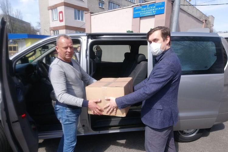 Волонтеры инициативы #ByCovid19 сообща помогают медикам по всей Беларуси. Регионам особое внимание. Фото: Личный архив героев публикации