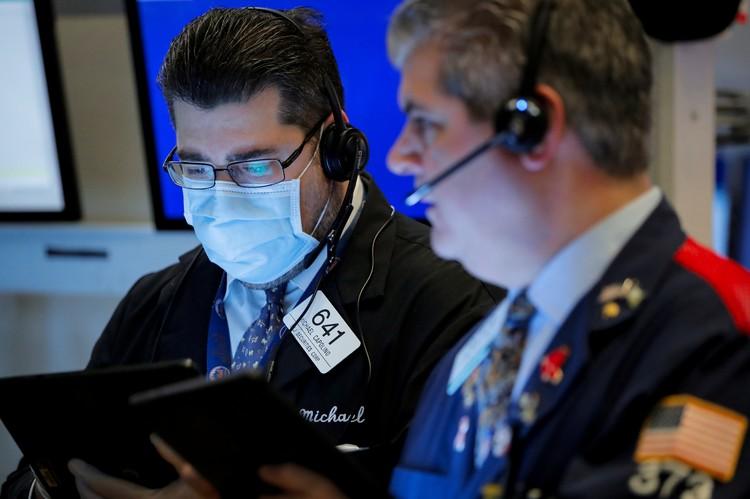В понедельник на бирже в Нью-Йорке стоимость барреля техасской нефти ушла в отрицательные значения.