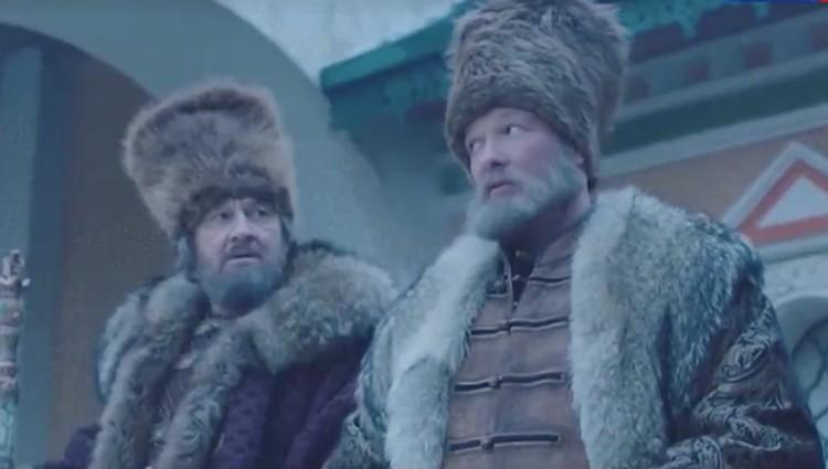 Актер Малого драматического театра и звезда сериала «Пес» Никита Панфилов (справа).