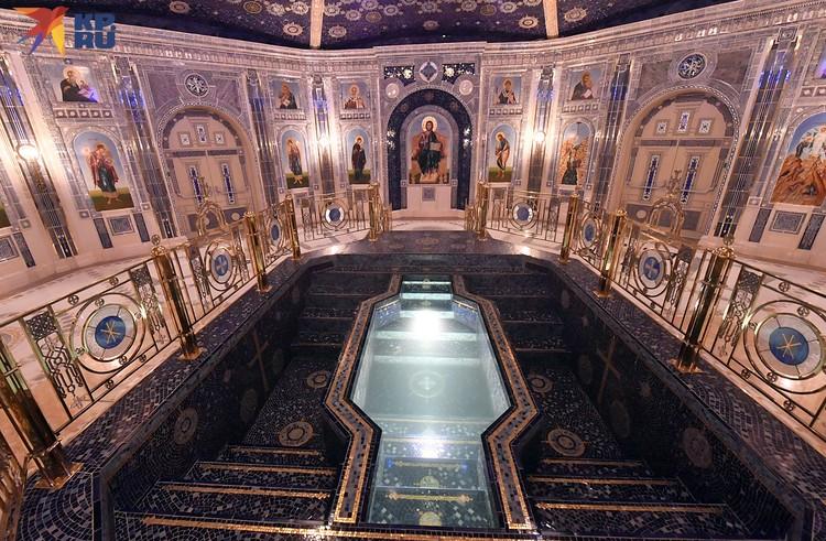 Скоро храм заживет, здесь будут проходить крещение наших воино