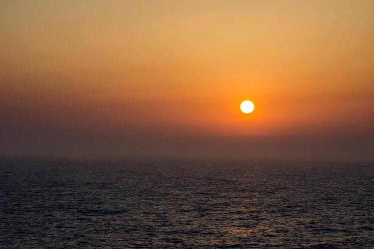 Май на плавбазе прошел почти как на курорте - солнце, море и небольшая качка