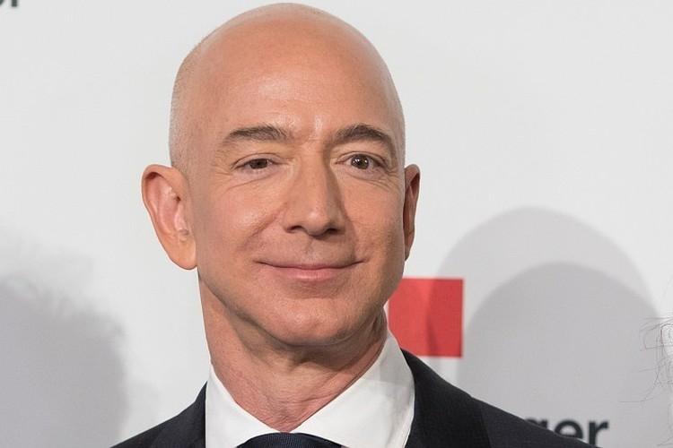 Основатель Amazon Джефф Безос считается богатейшим человеком в современной истории.