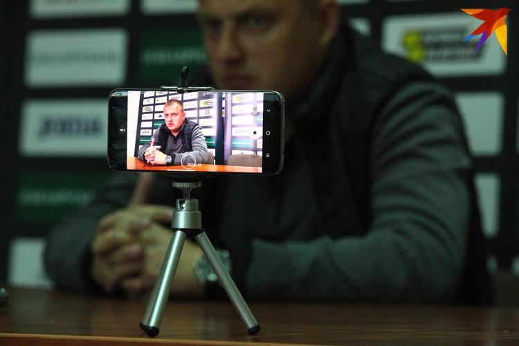 Виталий Жуковский на послематчевой пресс-конференции.
