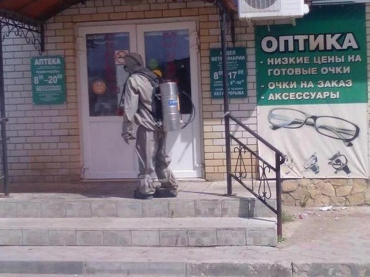 В Краснокутском районе проводится дезинфекция