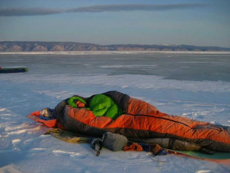 Иногда приходится ночевать и в таких условиях. Фото: Марина Галкина.