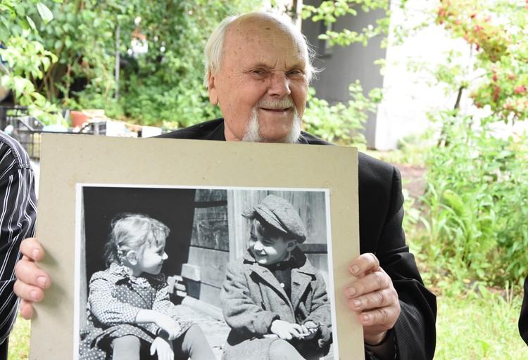 Михась Константинович на снимках детей передавал какой-то особый свет.