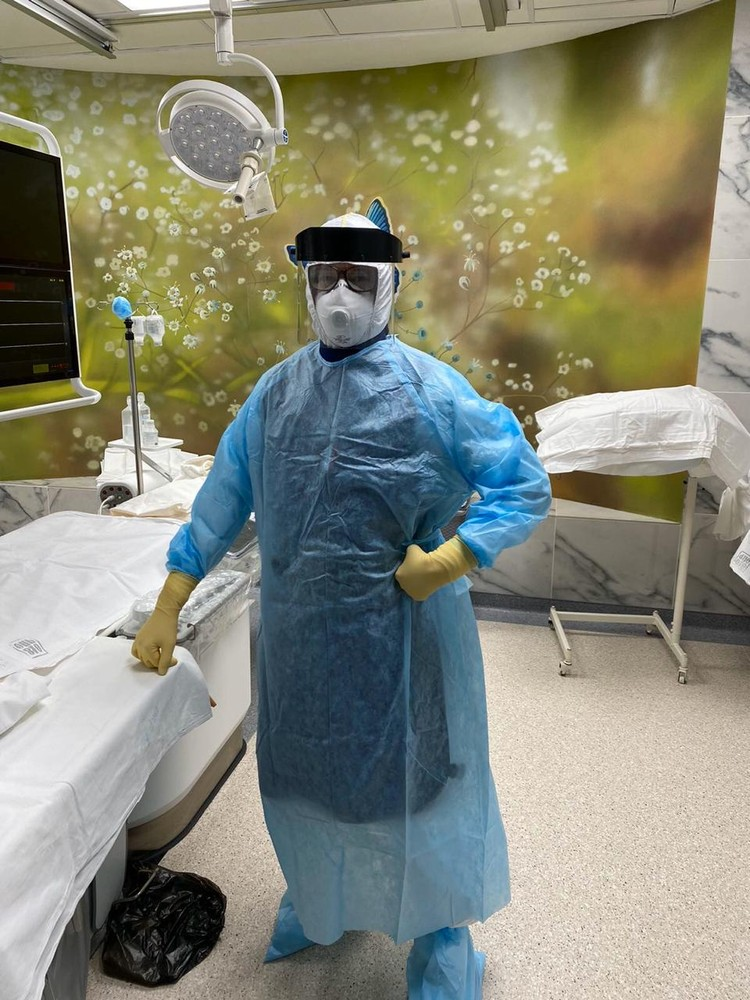 Вот так одеваются врачи на операцию