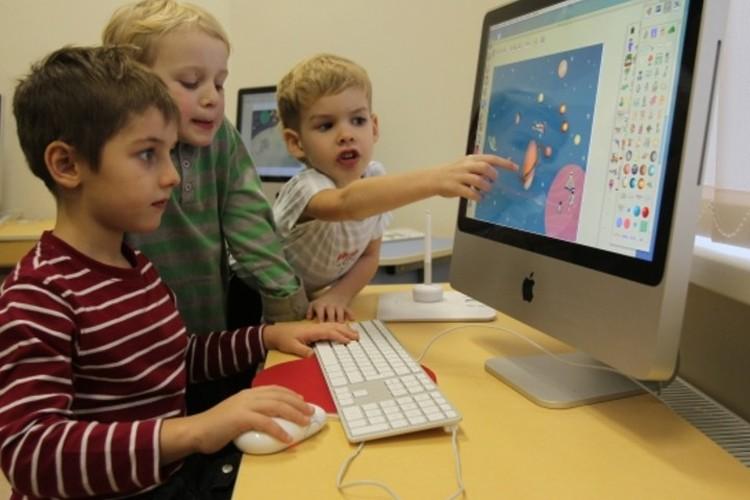 В интернете найдутся познавательные занятия для детей любого возраста.
