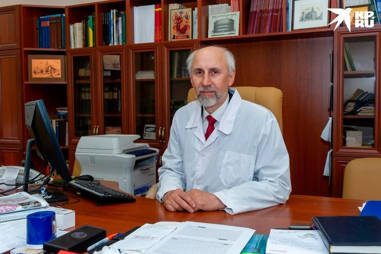 Заведующий отделом молекулярной биологии Александр Суворов.