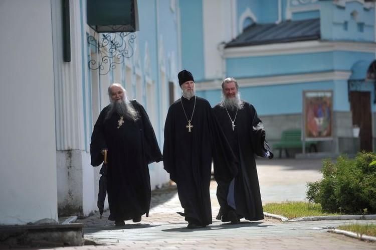 Представители церковного суда так и не дождались сегодня схиигумена Сергия.
