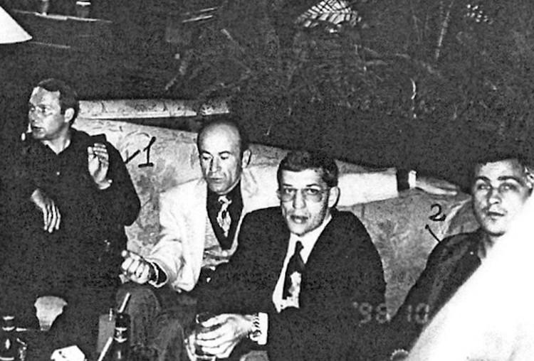 Фото Прайм. Крайм. Слева направо: воры в законе Юрий Пичугин (Пичуга), Резо Бухникашвили (Пецо), Герман Ложенцов (Гера Горьковский) и Владимир Вагин (Вагон). 19 октября 1996 года, Сочи