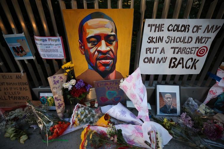 Смерть Джорджа Флойда дала толчок акциям протеста по всей Амрике