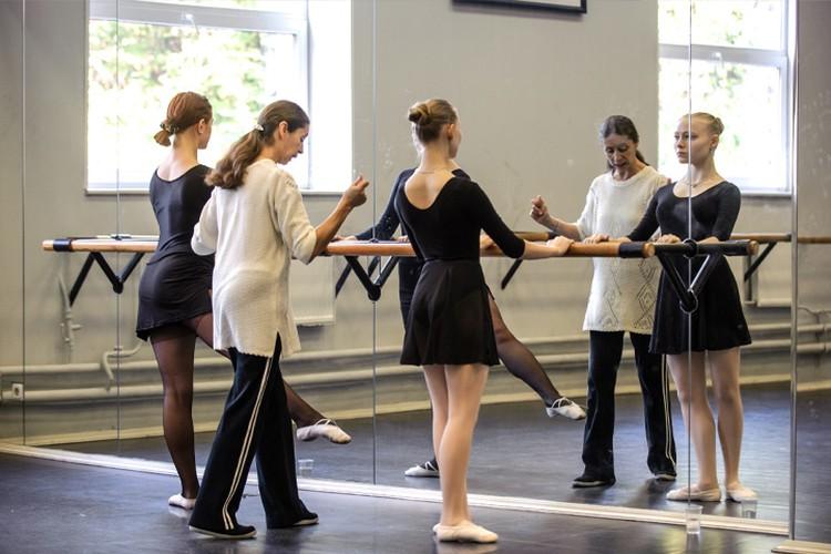 Урок хореографии. Фото предоставлено пресс-службой СПбГУП.