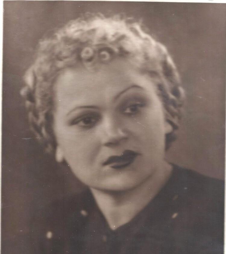 Актриса театра глобус Ася Березовская. Фото: музей «Заельцовка»