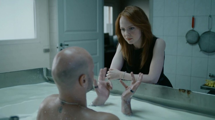 Актриса Дарья Белоусова в сериале «Сладкая жизнь». Фото: кадр из фильма