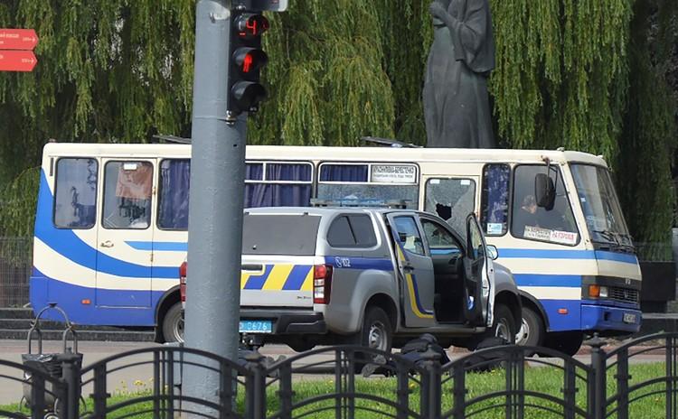 21 июля в Луцке был захвачен автобус с пассажирами