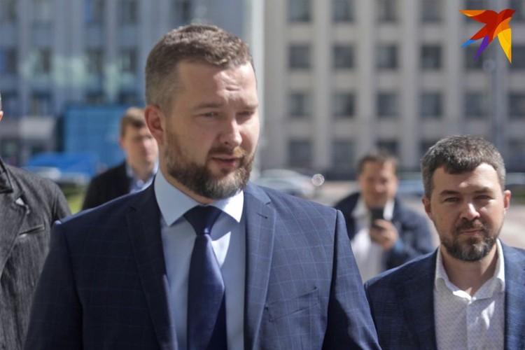 Первым делом Черечень сделал акцент на свое простое происхождение, подчеркнув, что он –такой же белорус, как и тысячи других людей в этой стране.