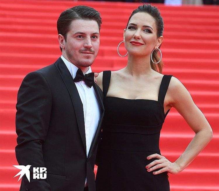 В Интернете обсуждают возможное воссоединение Климовой с экс-супругом Гелой Месхи.
