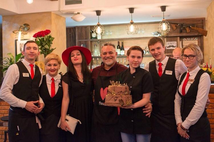 После того как Славиша задержали все три семейных ресторана закрылись в течение года