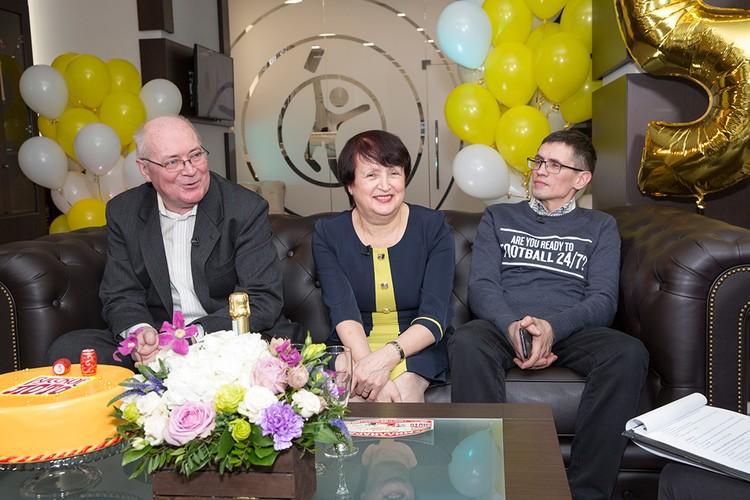 Пресс-конференция Догоровых после выигрыша. Фото: пресс-служба «Столото»