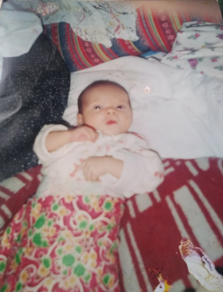 26.01.2001 год, Тане здесь полтора месяца Фото: личный архив