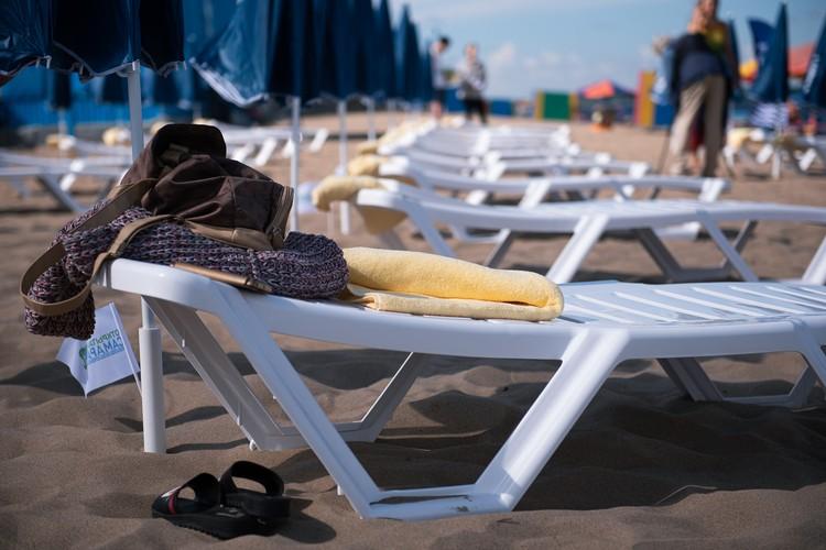 Теперь на берегу Волги комфорт не уступает турецким пляжам