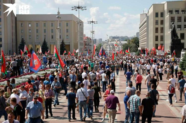 """Провластная общественная организация """"Белая Русь"""" 16 августа собирается провести в столице митинг в поддержку действующего президента."""