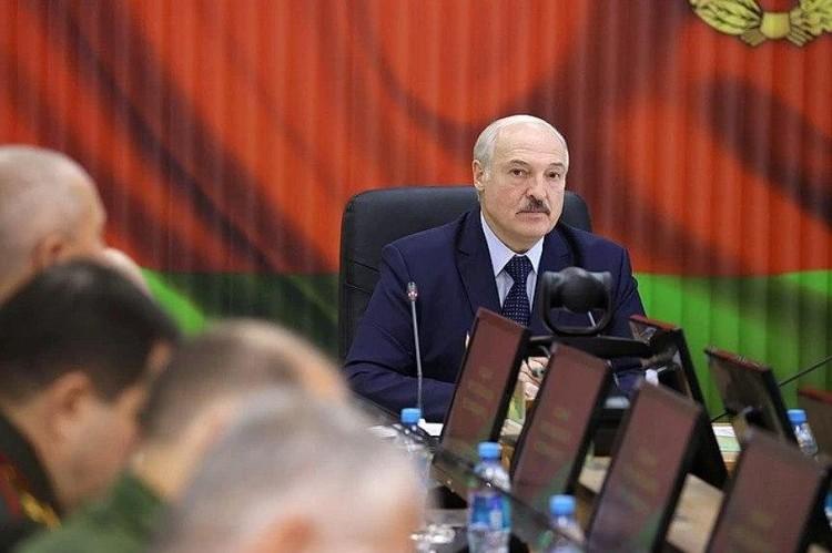 Александр Лукашенко собственными руками вырастил себе политических врагов.